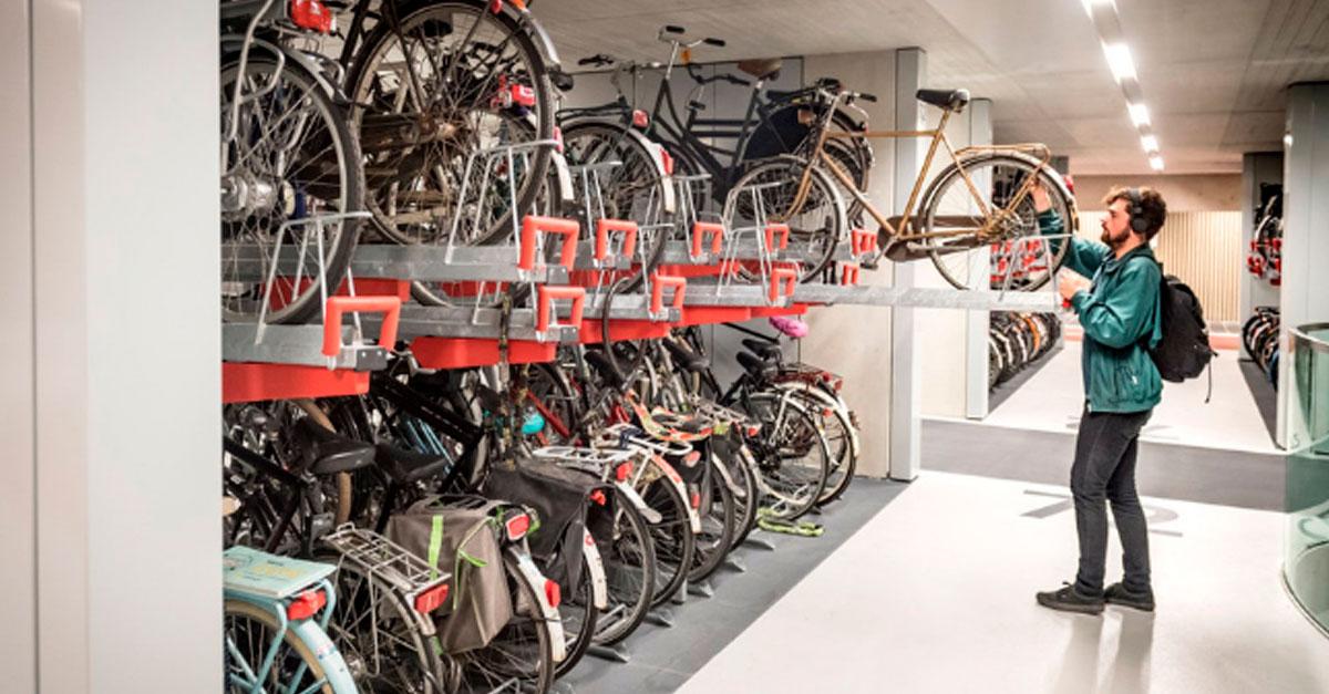 http://payparking.com.br/wp-content/uploads/2019/09/estacionamento-bike-holanda-face.jpg