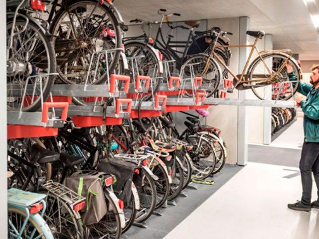 http://payparking.com.br/wp-content/uploads/2019/09/estacionamento-bike-holanda-face-640x480.jpg