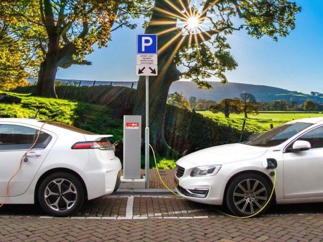 http://payparking.com.br/wp-content/uploads/2020/08/veiculos-eletricos-salvar-vidas-640x480.jpg