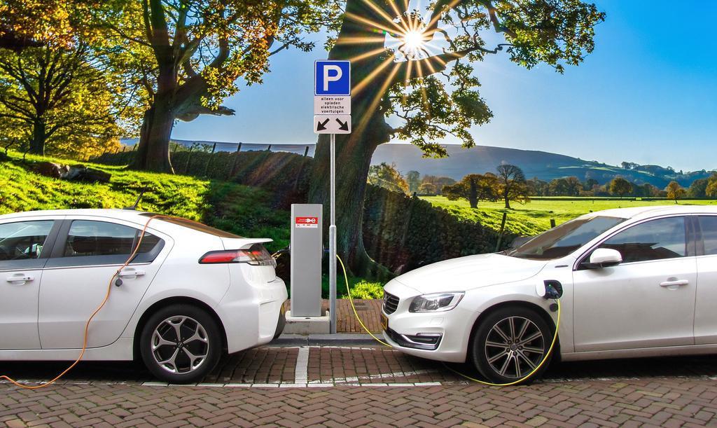 http://payparking.com.br/wp-content/uploads/2020/08/veiculos-eletricos-salvar-vidas.jpg