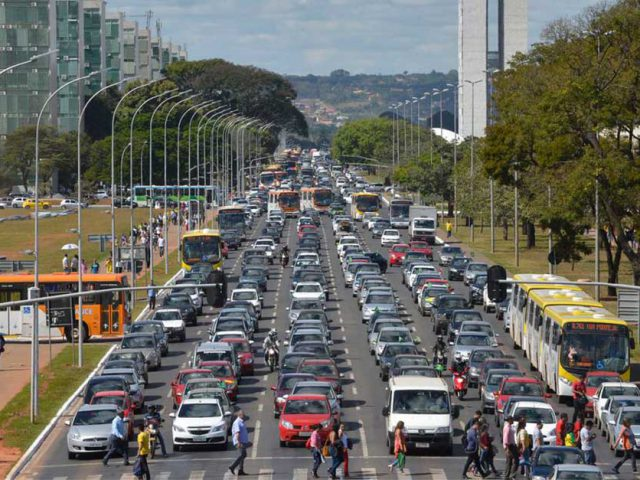 http://payparking.com.br/wp-content/uploads/2020/09/combustivel-transito-mobilidade-trafego-1-640x480.jpg