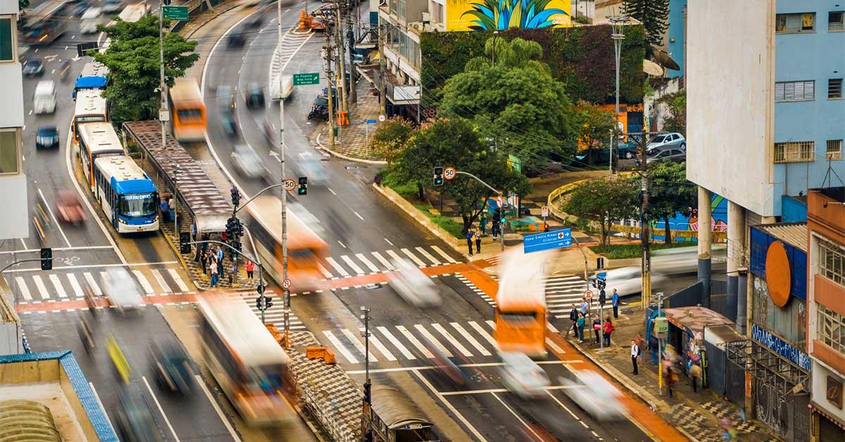 http://payparking.com.br/wp-content/uploads/2021/06/cidades-inteligentes-melhorar-mobilidade-urbana.jpg